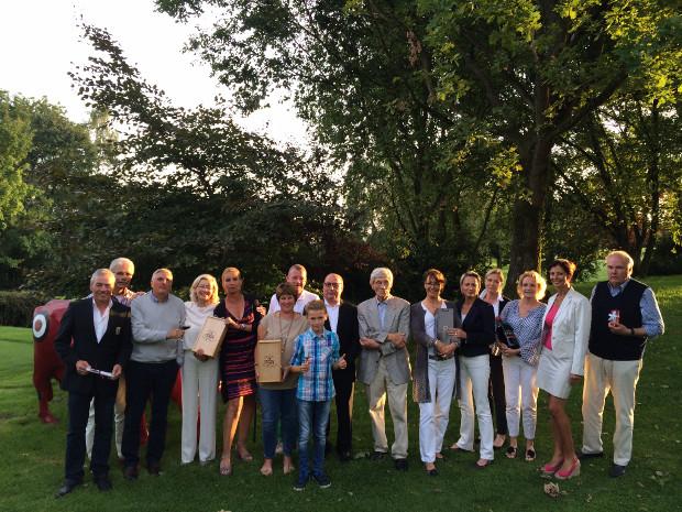 """Nach der Siegerehrung """"Preis der Gastronomie"""" und dem schmackhaften Buffet das gemeinsame Siegerfoto"""