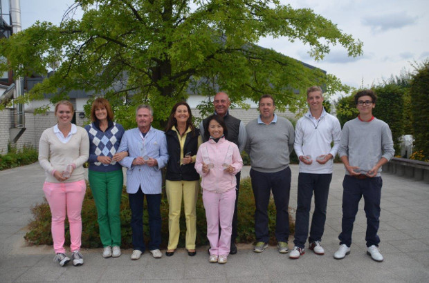 Neun glückliche Teilnehmer im GC Mettmann – die Clubmeister 2013!