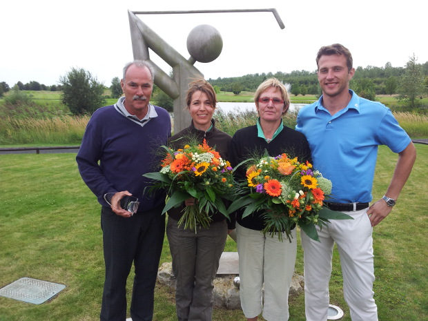 Die Clubmeister im GC Erftaue (v.l.): Friedel Müntnich (Senioren), Anja Schütte (Damen), Edeltraud Jacob (Seniorinnen) und Marc Schmitz (Herren)